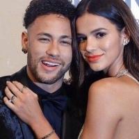 """Agora vai: Globo libera Marquezine para visitar Neymar na Rússia Atriz é liberada de gravações de """"Deus Salve o Rei"""" para assistir ao próximo jogo da Seleção na Copa"""