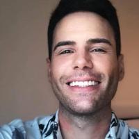 Luiz Bacci confessa que colocou silicone no bumbum e que não transa há tempos